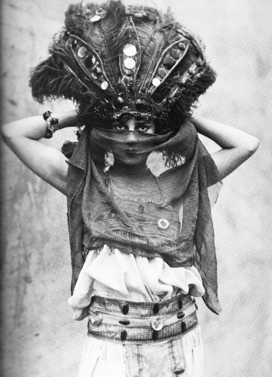 Circus performer Zelda Boden (c. 1910-1920)