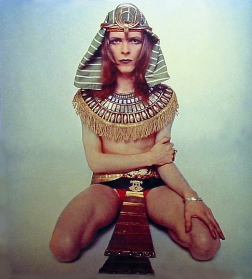 bowie-egyptian-drag