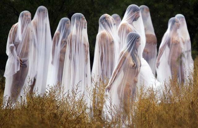 Tunick-DayoftheDead